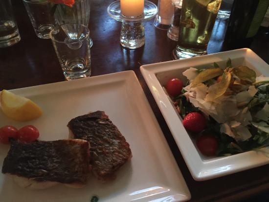 Borwin Hafenrestaurant : Adlerfisch