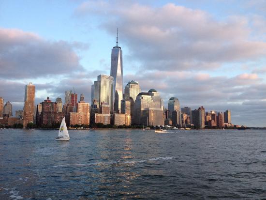 City Sightseeing New York Cruises