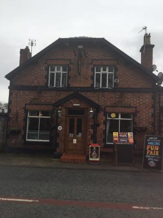 The Farmers Arms: Dogs Welcome