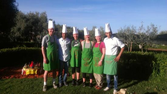 Cooking picture of atelier de cuisine chef tarik orty ct for Atelier cuisine marrakech
