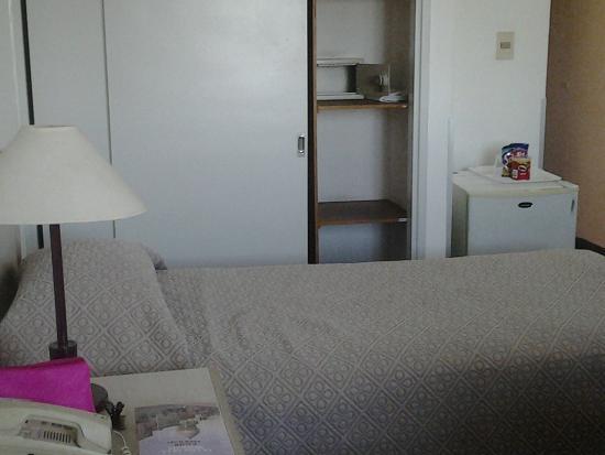Hotel Tres Cruces: habitacion
