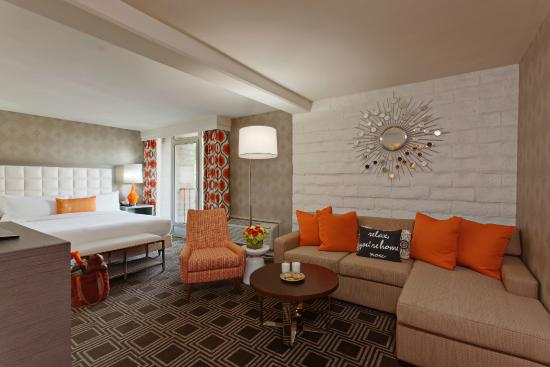 Perfect The Garland: Family Suite King Size Bed And Living Room Area
