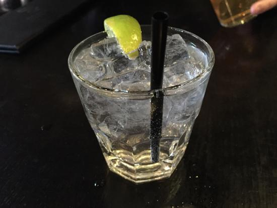 Red Card Sport Bar and Eatery: Vodka and 7.
