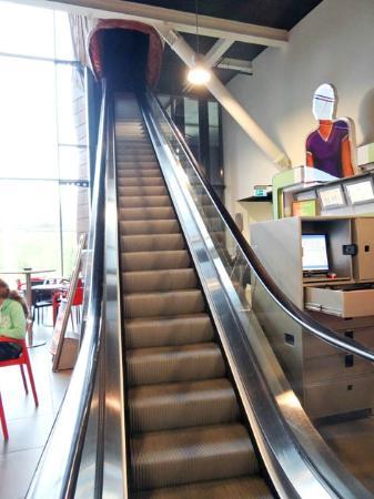 CORPUS 'journey through the human body': the escalator