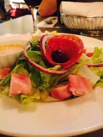 Bel Paese Italian Ristorante: Pretty salad