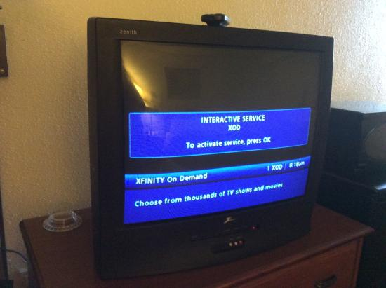 Quality Inn Opryland Area: Could not get the tv past this screen!