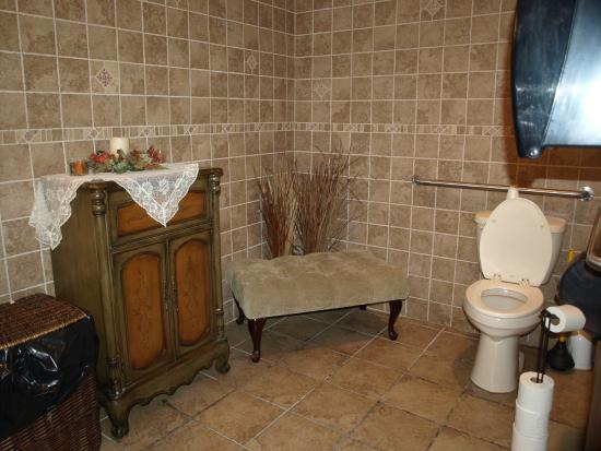 Garrison's Tavern & Wine Cellar: I had to include the toilet to prove this is a restroom!