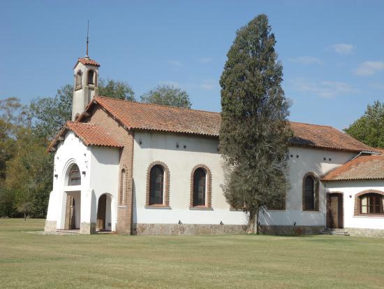 Alma Mia Hospedaje & Meditacion: Iglesia