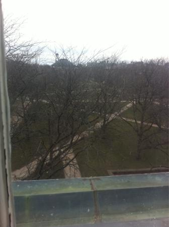 Illini Union Hotel: Quad view from the 4th floor