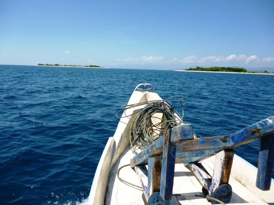 Lombok Fun Travel Inc.: Gili Nanggu, private island  - Honeymooners