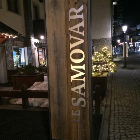 Le Samovar Guest House: Entrance of Samovar