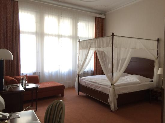 Henri Hotel Berlin: Hotelzimmer