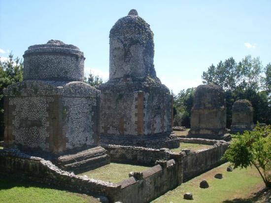 Necropoli Monumentale di Avella