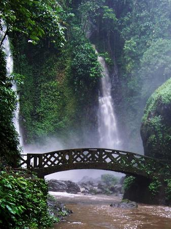 Tomohon, Endonezya: foto air terjun kali