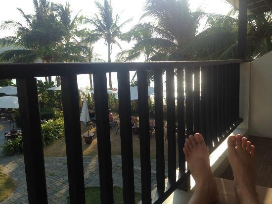 Sunprime Kamala Beach: Patio overlooking Kamala beach!