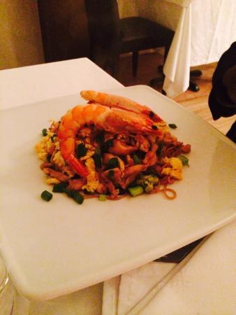 Les Filaos: Fines pâtes et légumes aux crevettes