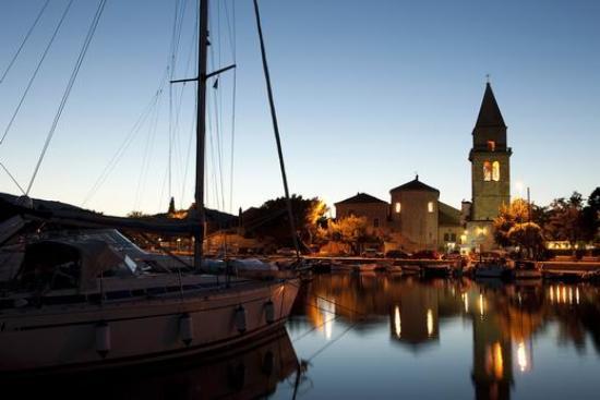 """Mali Losinj, Kroatien: """"Osor in the evening"""""""