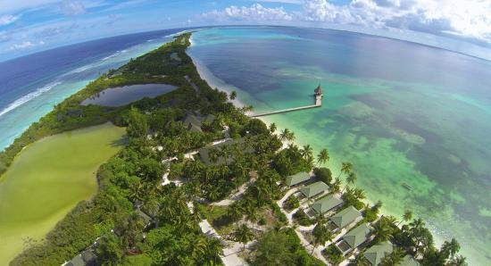 Herathera Island: Her ses vores hus fra luften, taget med min egen drone.