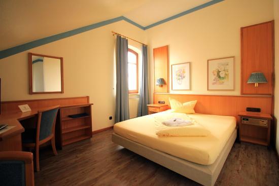 Hotel Zur Linde : Doppelzimmer als Einzel