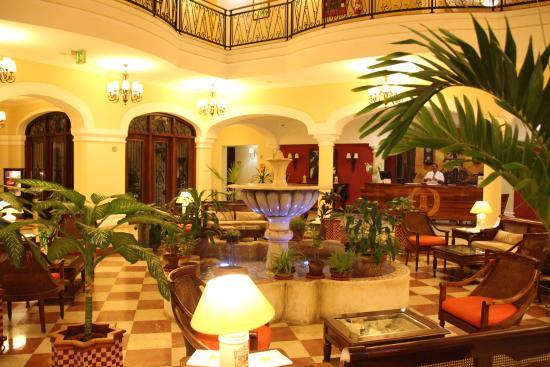 Iberostar Grand Hotel Trinidad: Hotel lobby