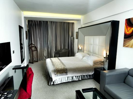 WH Hotel: Junior Suite