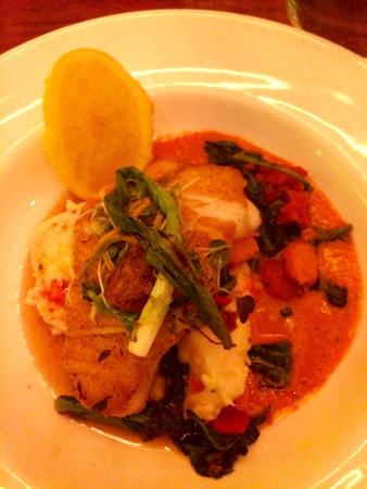 Parxgrill : Sea bass with lobster mashed potato
