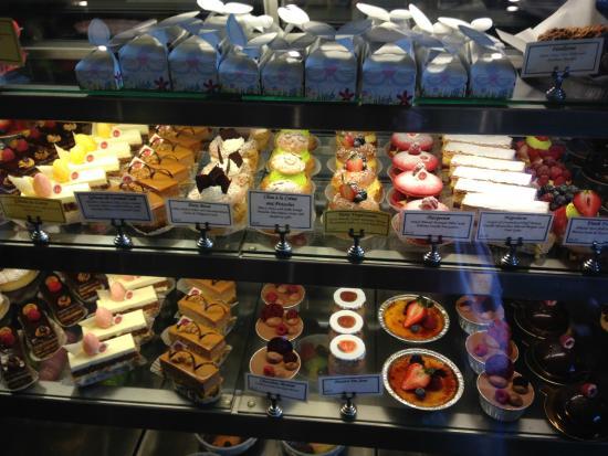 Dessert! - Foto de Le Reve Patisserie & Cafe, Wauwatosa ...