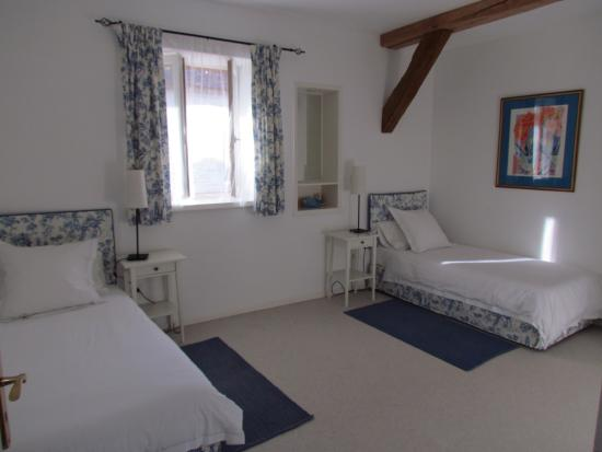 Éclance, France : Second bedroom in Les Moineaux