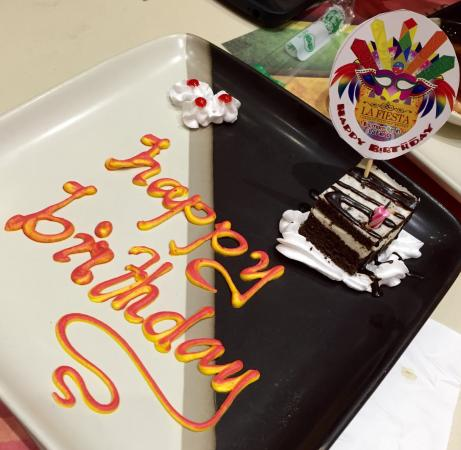 Pleasant Birthday Cake Foto Van La Fiesta Pasay Tripadvisor Birthday Cards Printable Giouspongecafe Filternl