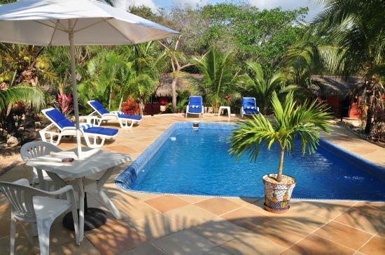 Itour Akumal Villas Tortugas: Pool area