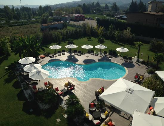 Piscina foto di amati design hotel zola predosa - Zola predosa piscina ...