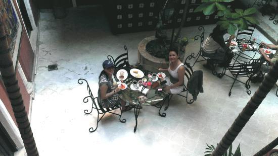 Hotel Reforma: Rico desayuno