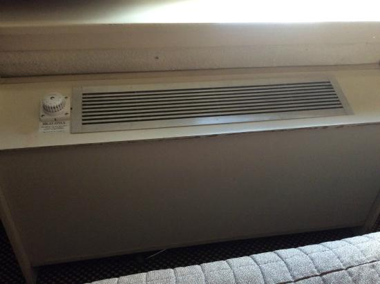 Inlet Tower  Hotel & Suites: RIP A/C
