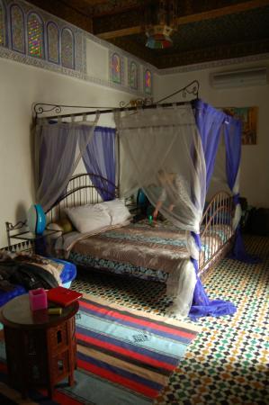 RIAD SUNRISE : Nuestra habitación era grande, cómoda y fresca