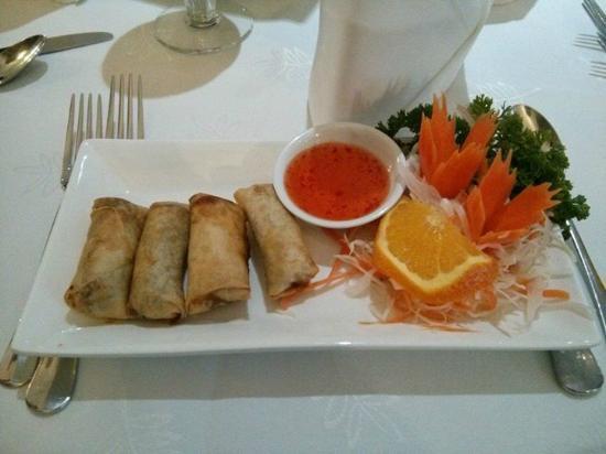 Lemongrass Thai Cuisine: Spring Roll Starter