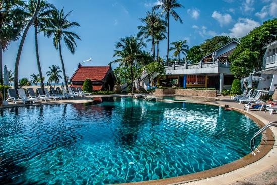 Thavorn Palm Beach Resort Poolside