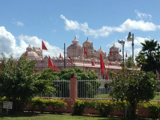Dattatreya Temple and Hanuman Statue: Vista do fascinante Templo