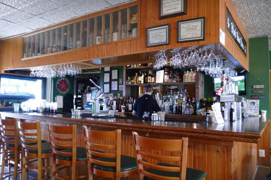 Warrenton, VA: Bar area