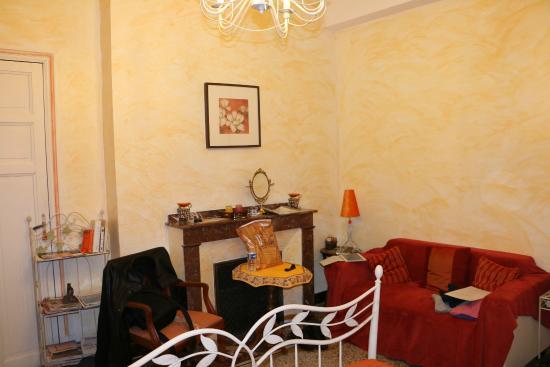 Les cordeliers : Chambre Fleurs d'Oranger