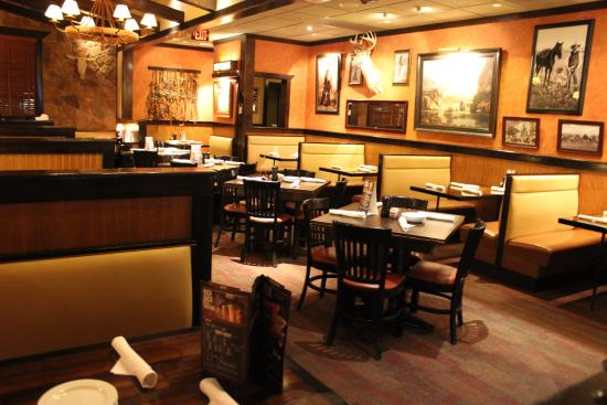 Hambiente interno - Picture of LongHouse Steakhouse, Winter Garden ...