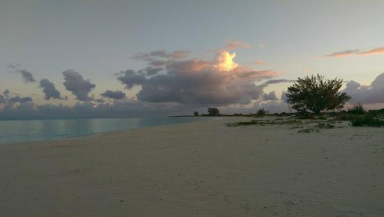 The Meridian Club Turks & Caicos: What you can expect on the beach - no people