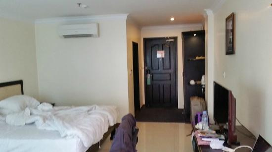 Cardamom Hotel: part of our room