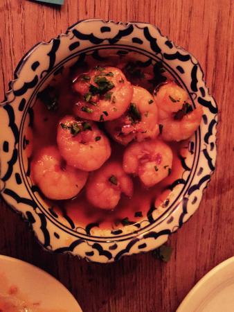 B'nou: Garlic prawns