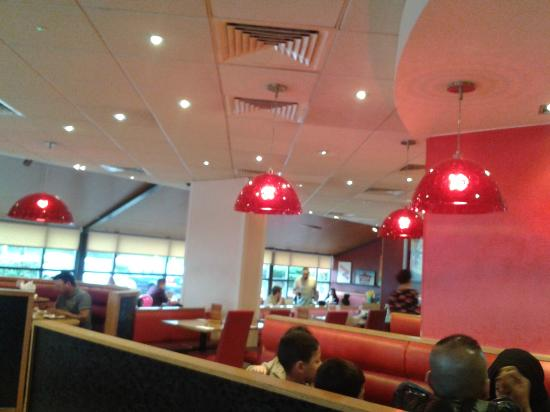 The Half Empty Restaurants Picture Of Pizza Hut Hayes