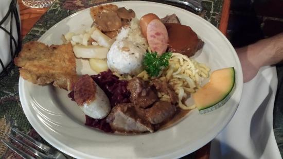 Richard's Restaurant: German sampler