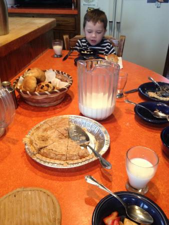 Crumb Pie for breakfast