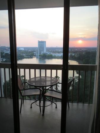 Best Western Lake Buena Vista Disney Springs Resort Area 2017 Side View Balcony