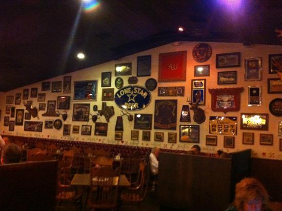 Friedhelms Bavarian Restaurant: THE WALL