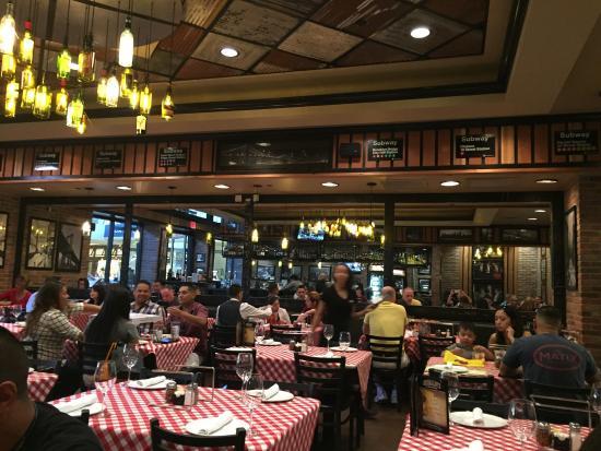 Grimaldi's Pizzeria - Green Valley : Interno del locale