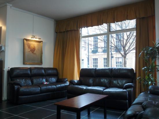 YMCA Indian Student Hostel: Lounge